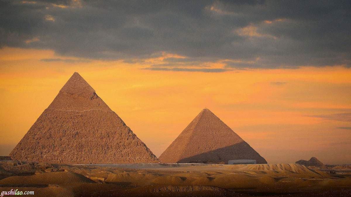 金字塔的来历